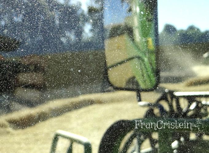 Foto incrível, reparem no pó grudado no vidro! :O