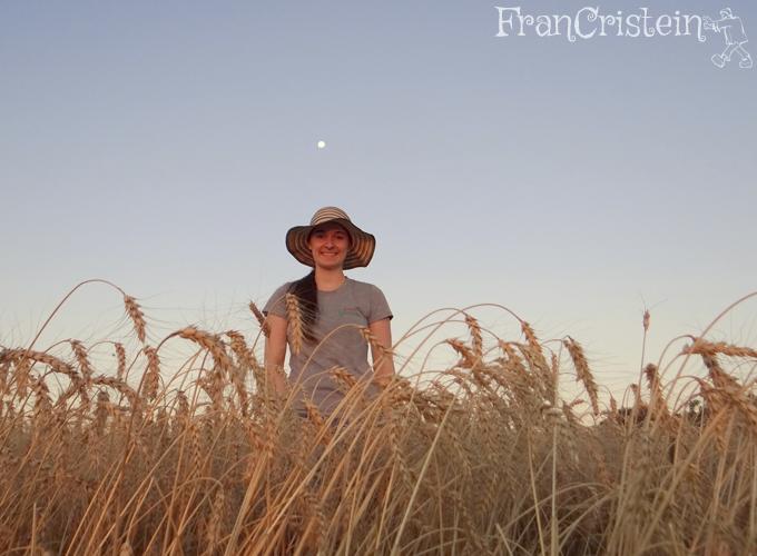Lua linda e trigo lindo. Eu mais linda... ahuiahuiahaui