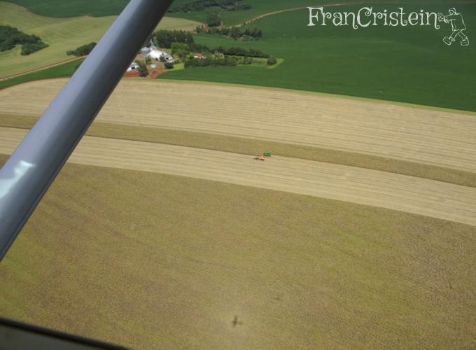 Granja, soja, milho, máquina, trator e avião