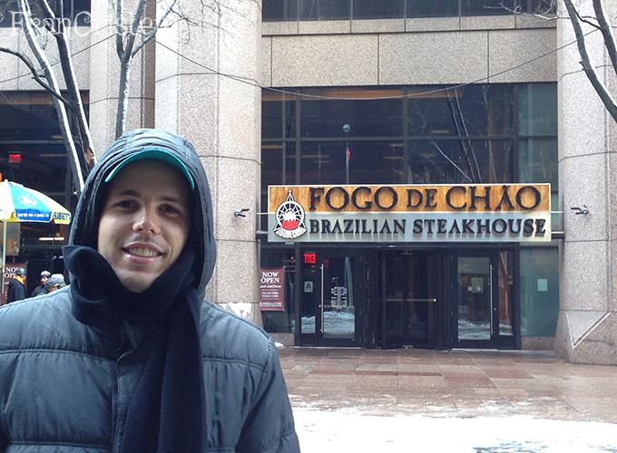 João achou o restaurante favorito, gaúcho com nome de CTG!