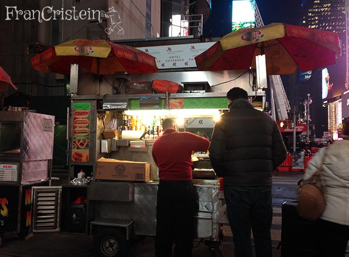 Janta: um cachorro quente na Broadway