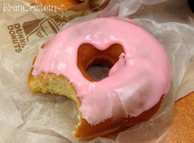 Donut delicioso da Dunkin Donuts. Que fome