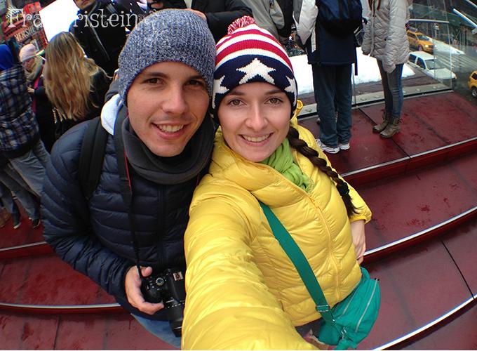 Escadaria vermelha da Broadway/Times Square
