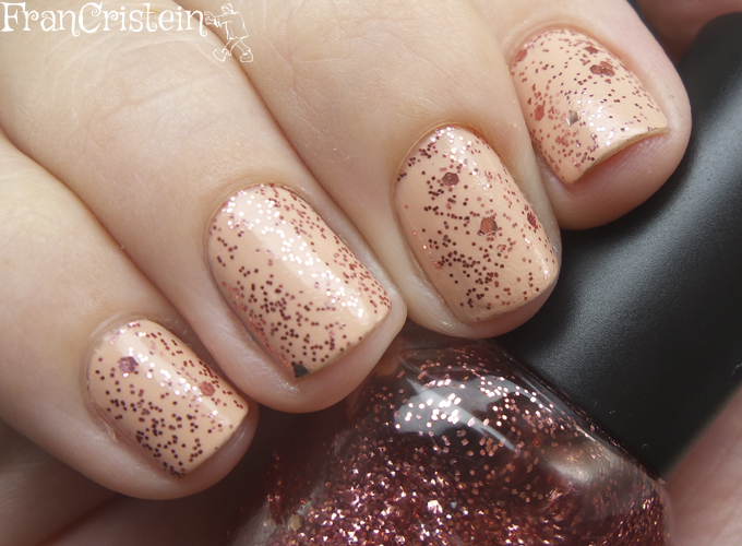 Illamasqua Monogamous + L.A Glitter Addict Inspire (2)