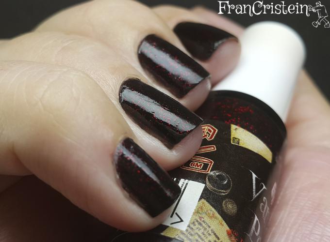 Eyeko - vampira polish